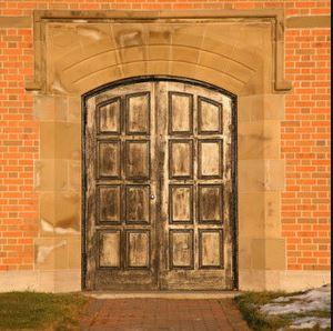 closeddoors